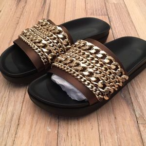 Kendall & Kylie olive green brown leather slides
